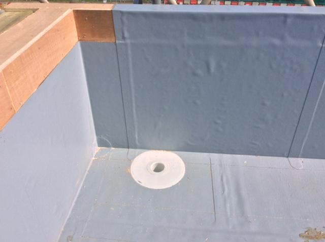 Rainwater outlet corner